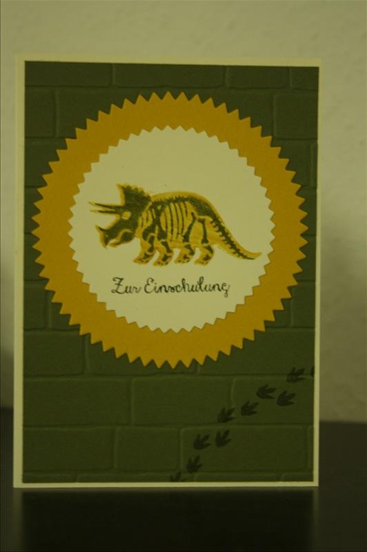 StampinUp_Bastelig-ES_Karte-Einschulung_Dinosaurier_NoBonesAboutIt_TyrannosaurusRex_Ziegel_Mauer